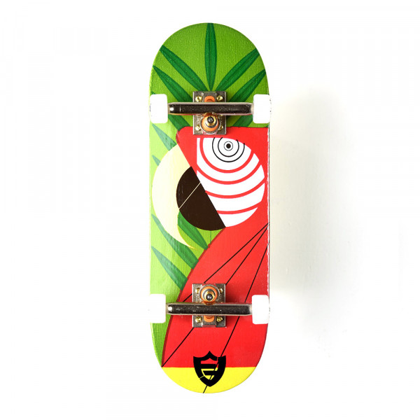 "Berlinwood ""Flat Face Parrot"" Set"