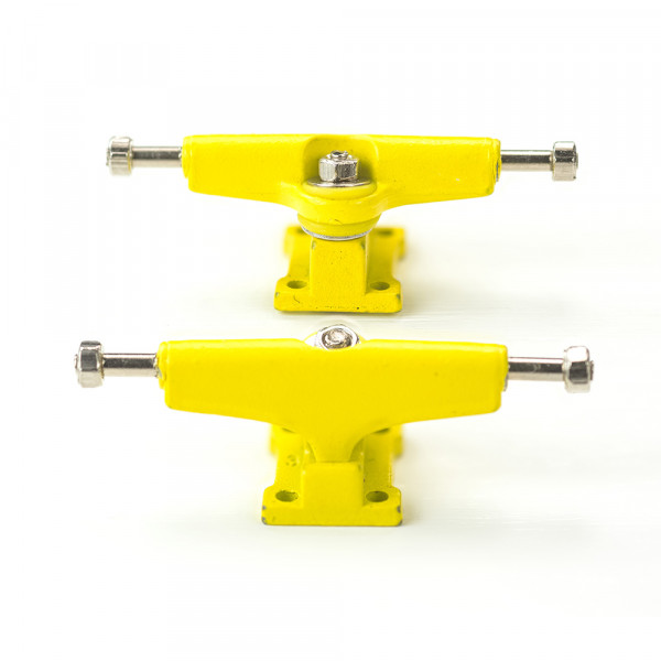 Bollie Trucks color line yellow