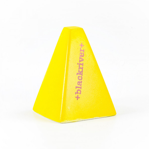 Blackriver Wallie Pylon yellow